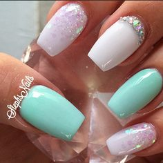 #plainjanenails#white#minty#coffinshape#longnails#simple#love#acrylicnails#cutenails#iridescentglitter#glitterombre#diamonds#simple#cutenails