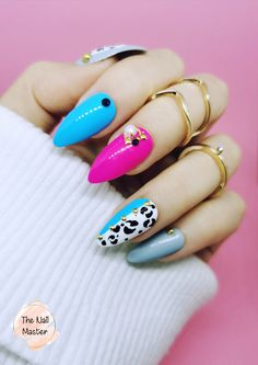 Available in various shapes and sizes! Visit TheNailMaster.etsy.com for more inspiring nail art! #pressonnails Stick On Nails, Glue On Nails, Best Press On Nails, Blue Press, Nail Set, Artificial Nails, Animal Prints, Fashion Pictures, Acrylic Nails