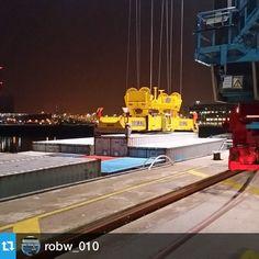 """#NLRTM #Rotterdam from @robw_010 --- Glowing in the dark #maasvlakte #Rotterdam #nlrtm #maersk #containers #binnenvaart #barge #theblueroad"""