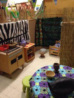 African house Safari Theme, Jungle Safari, Jungle Theme, Multicultural Classroom, Multicultural Activities, African Safari, African Art, Time For Africa, African House