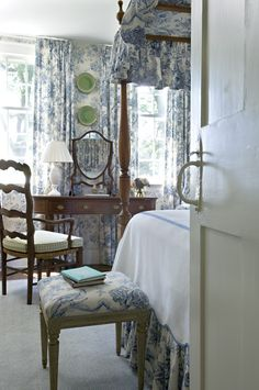 Blue and white floral traditional bedroom by Cathy Kincaid. Love the historic Virginia feel of this space.