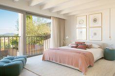 Romantic Bedding Sets, Pink Bedding Set, Bedroom Color Schemes, Bedroom Colors, Bedroom Decor, Bedroom Interiors, Modern Bedroom Design, Modern Kitchen Design, Scandinavian Interior Design