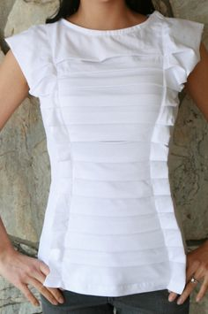 50 recycled t-shirt craft projects-not so crazy about the picture, but lots of other good ideas