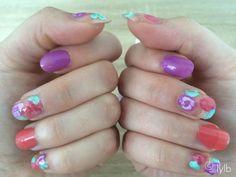 Yes! De zomerse temperaturen komen eraan! Daarbij hoort een zomerse nagellook! Dit is hoe mijn nagels eruit zien vandaag! Wat vinden jullie ervan? http://lylb.nl/zomerse-nagellook