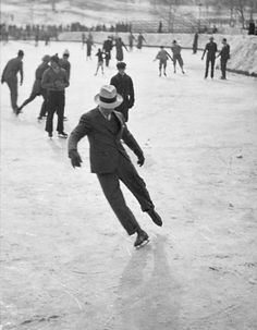 historicaltimes:  Ice skating in Rockefeller Center in New York City during the early 1930s. via reddit