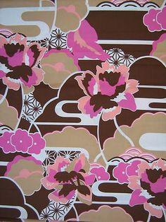 ½ YD Retro 70's Malibu KAUFMAN Melrose Flower Pink~Brown~ White COTTON FABRIC