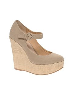 literally just bought the last pair of these on clearance! i've been looking for a cute pair of mary jane platforms. can't wait to wear it for summer and fall #asos #shoes #style