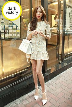 Today's Hot Pick :Floral Round Neck Dress http://fashionstylep.com/SFSELFAA0013773/khyelyunen/out