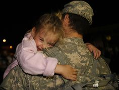 A soldier's emotional reunion with his four-year-old daughter