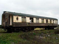 Calais, abandoned Pullman coach, Marazion Great Western Railway station, ...urban75.org
