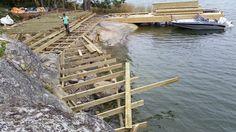 Brygga / Jetty in Mörtnas, Värmdö - Stockholm's Archipelago. Built by Red Mount AB - janis@redmount.se - for Sjöliv client Lake Landscaping, Dock Ideas, Summer Cabins, Boat Dock, Walk In Pantry, Open Concept, Garden Bridge, Great Places, Outdoor Spaces