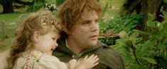 """34 Facts You Probably Didn't Know About """"The Lord Of The Rings"""" Trilogy. Samwise Gamgee's daughter in The Return of the King is played by his real-life daughter, Alexandra. Fellowship Of The Ring, Lord Of The Rings, New Movies, Good Movies, Samwise Gamgee, Jrr Tolkien, Dark Lord, Legolas, Middle Earth"""
