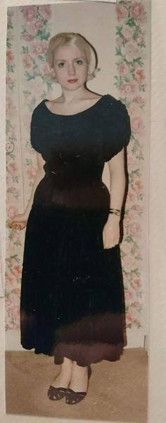 1950s silk velvet dance dress for sale. Check out this item in my Etsy shop https://www.etsy.com/uk/listing/601797375/1950s-black-silk-velvet-party-dress-by