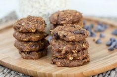 Click the photo for a healthy Pumpkin Oatmeal Chocolate Chip Cookie recipe.