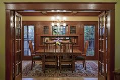 Laurelhurst 1912 Craftsman dining room Portland, OR. Craftsman Style Interiors, Bungalow Interiors, Craftsman Interior, Bungalow Homes, Craftsman Style Homes, Craftsman Bungalows, Craftsman House Plans, Craftsman Remodel, Bungalow Designs
