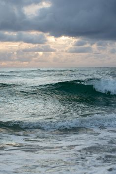 Waves at sunset. Hellestøstranden Norway [2166x1440][OC]