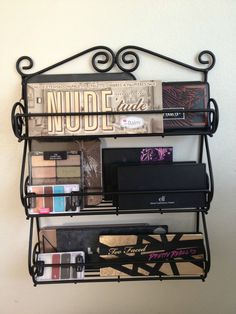 Keep my palettes in a spice rack... hm. It looks gorgeous, it seems like it'd be fiddly to actually use though.