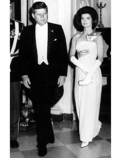 President John Kennedy and our most glamorous First Lady, Jacqueline Kennedy Jacqueline Kennedy Onassis, John Kennedy, Estilo Jackie Kennedy, Les Kennedy, Jaqueline Kennedy, Grace Kelly, Lee Radziwill, Jfk, Style Icons