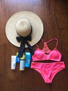 Since I worked for a top sunscreen manufacturer and live by the ocean, I always show up to the beach with a variety of products to share. Happy Labor Day, Long Weekend, Sun Protection, Sunscreen, Something To Do, Blog, Beauty, Fashion, Moda