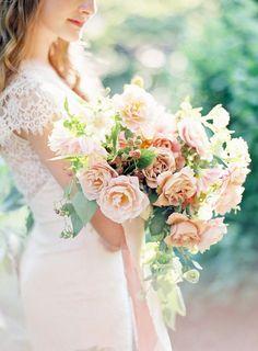 Photography : Kayla Barker Fine Art Photography Read More on SMP… Bride Bouquets, Bridesmaid Bouquet, Bouquet Photography, Art Photography, Fine Art Wedding Photography, Peach Bouquet, Boquet, Chic Vintage Brides, Garden Wedding Inspiration