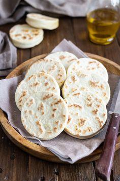 Tigelle No Salt Recipes, Cooking Recipes, Gelato, Focaccia Pizza, Ricotta, Quiche, Brunch Recipes, Street Food, Food Inspiration