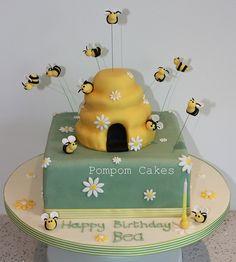 Bee birthday cake by Pompom Cakes, via Flickr