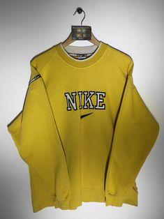 Nike sweatshirt Large(but Fits Oversized) £36 Website➡️ www.retroreflex.uk #nike #vintage #oldschool