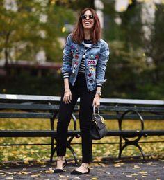 Imagem relacionada Behati Prinsloo, Look Patches, Ideias Fashion, Fashion Ideas, Instagram, Vest, Style Inspiration, Blazer, Denim