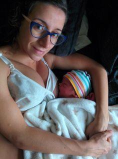 """Follow Nico nació en casa, como su madre quería. Hace unos días, Facebook ha censurado el vídeo del primer parto en casa de Maca. Además de la emoción que nos despierta ese vídeo por haberlo vivido en directo, nos parece una oportunidad de normalizar el """"parto normal"""". Este blog es nuestra casa y aquí Facebook… Read More »"""