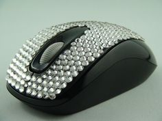 Microsoft Wireless Mobile Mouse 1000 for mobile expressions of beauty, Blingkled with hundreds of Swarovski Elements crystals.  Blingkle.net.