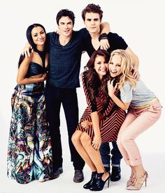 #TVD The Vampire Diaries Kat Graham(Bonnie),Ian Somerhalder(Damon),Paul Wesley(Stefan),Nina Dobrev(Elena/Katherine/Amara etc..) & Candice Accola(Caroline)