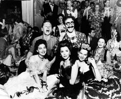 Ava Gardner, Mickey Rooney, Groucho Marx, Ann Rutherford and Virginia Hill in Hollywood Old Hollywood Stars, Hollywood Icons, Vintage Hollywood, Classic Hollywood, Hollywood Party, Hollywood Studios, Hollywood Glamour, Most Beautiful Hollywood Actress, Beautiful Actresses