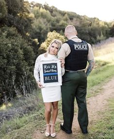 He's my something blue Police wife wedding photo Cop Wedding, The Office Wedding, Wedding Humor, Wedding Pics, Dream Wedding, Military Wedding, Wedding Bells, Summer Wedding, Police Girlfriend