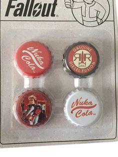 Fallout Nuka-Cola Bottle /& Cap Novelty Bottle Opener Metal Keychain Unisex NEW
