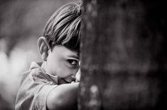 foto natural de menino brincando, book infantil, fotografias criancas bh…