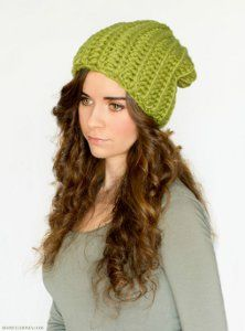 Slouchy Green Beanie - Bulky weight yarn is used, which means this is a quick and easy crochet hat pattern to work up, and it will keep your head toasty warm during the winter.