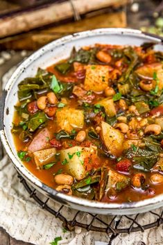 Incredible flavor and comforting goodness, this Southern Collard Green Potato Stew is brimming with wholesome ingredients in a flavorful, smoky broth.