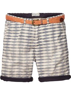Scotch and Soda Chino shorts slim fit with roll-up  COLOUR: DESIGN A Article number: 14010281106