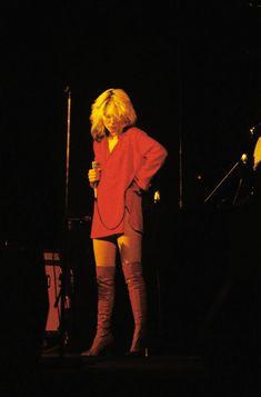 Blondie at The Palladium Theatre NYC 1978 Celebrity Boots, Blondie Debbie Harry, Debbie Harry Style, Estilo Rock, Stevie Ray Vaughan, Joan Jett, Def Leppard, Aerosmith, Jimi Hendrix
