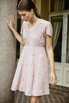 # ti-mo - Frisyrer til bunad - Norwegian Fashion, Norwegian Style, Summer Chic, Spring Summer Fashion, Spring Style, Romantic Outfit, Bohemian Style, Women Wear, Short Sleeve Dresses