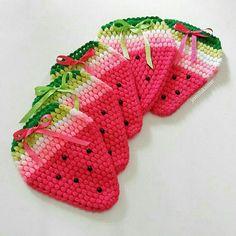 De Croche De Croche barbante De Croche com grafico De Croche de mao De Croche festa - Bolsa De Crochê Crochet Potholders, Crochet Purses, Crochet Stitches, Baby Blanket Crochet, Crochet Baby, Knit Crochet, Beginner Crochet Projects, Sewing Projects, Rope Rug