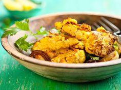 Blumenkohl-Curry-Crunch  Leckerer kross gebackene Blumenkohleröschen mit knackiger Sauce.  http://einfach-schnell-gesund-kochen.de/blumenkohl-curry-crunch/