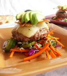 Spice up any old burger recipe with some Mexican flavors. These Mexican-Style Lamb Burgers are sure to please and delicious to eat! Lamb Burger Recipes, Lamb Burgers, Romantic Meals, Most Delicious Recipe, Exotic Food, Yummy Food, Yummy Recipes, Wrap Sandwiches