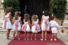 La boda de María y Fran | Telva.com Dream Wedding, Wedding Day, Boho Wedding, Wedding With Kids, Girls Party Dress, Kids Events, Bridesmaid Dresses, Wedding Dresses, Kind Mode