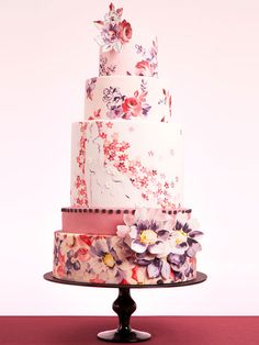 Dream Wedding Cakes for George Clooney and Amal Alamuddin: Amal has lived in London for most of her life, so there's a chance she'll tap a British bakery to create their wedding dessert. Nevie-Pie Cakes specializes in hand-painted cakes with personalized flavors – perhaps Amal will opt for Earl Grey and lemon buttercream layers to complete the English theme.
