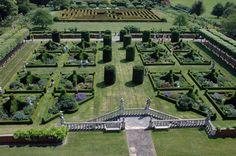 The garden and maze at Hatfield house. The original Jacobean garden was designed by Thomas Chaundler, Salomon de Caus and John Tradescant.