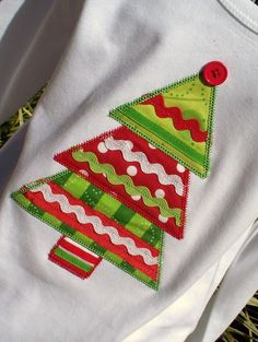 christmas tree shirt - fabric and ribbon. More elaborate & I like the button on the top