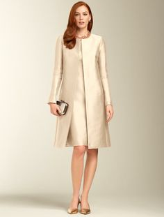 Talbots - Doupioni No-Close Duster Mother Of The Bride Fashion, Mother Of The Bride Suits, Mother Of Bride Outfits, Cute Formal Dresses, Stylish Dresses For Girls, Cocktail Vestidos, Classy Suits, Classy Work Outfits, Coat Dress