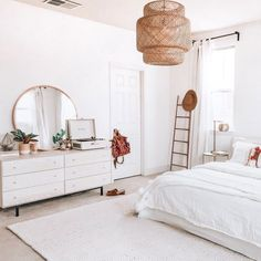 Cozy Home Decoration Boho bedroom decor ideas decor.Cozy Home Decoration Boho bedroom decor ideas decor Modern Bedroom Furniture, Room Decor Bedroom, Bedroom Decor, Bedroom Interior, Minimalist Bedroom, Bedroom Inspirations, Simple Bedroom, Modern Bedroom, Luxurious Bedrooms