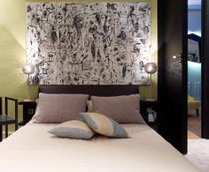 Dormitorio del diseñador Gérard Faivre en París, http://www.achica.es/achicaliving/2012/07/una-casa-en-paris-con-vistas-al-sena/#